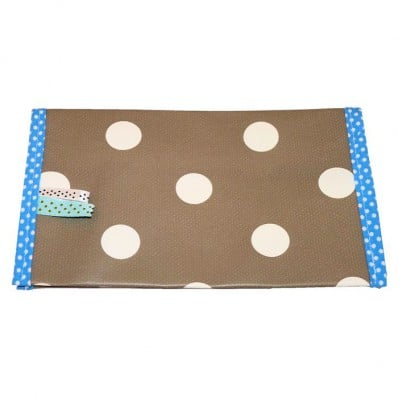 http://cdn2.chausson-de-bebe.com/1150-thickbox_default/oilcloth-checkbook-holder-made-in-france-brown-with-white-dots.jpg