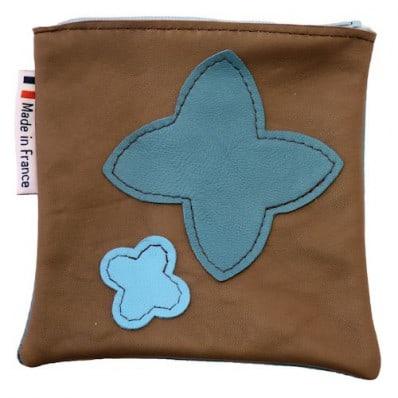 http://cdn2.chausson-de-bebe.com/1247-thickbox_default/square-leather-pocket-brown.jpg