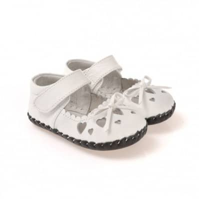 CAROCH - Baby girls first steps soft leather shoes | White small hearts