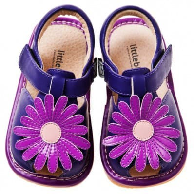 Little Blue Lamb - Chaussures à sifflet | Sandales violettes marguerite violette