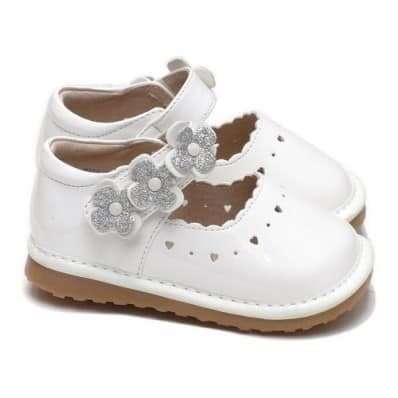 Little Blue Lamb - Squeaky Leather Toddler Girls Shoes | Silver flower white ceremony