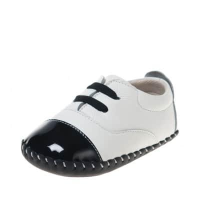 Little Blue Lamb - Chaussures premiers pas bébé en cuir souple | Baskets blanches et noires