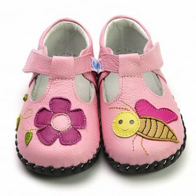 FREYCOO - Baby girls first steps soft leather shoes | Pink shoes bee