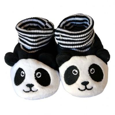http://cdn1.chausson-de-bebe.com/4640-thickbox_default/soft-cotton-baby-girls-shoes-panda.jpg