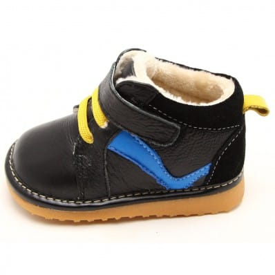 http://cdn3.chausson-de-bebe.com/5511-thickbox_default/freycoo-squeaky-leather-toddler-boys-shoes-black-sneakers-blue-strip.jpg