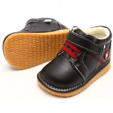 FREYCOO - Squeaky Leather Toddler boys Shoes | Black sneakers red laces