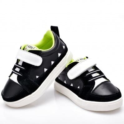 http://cdn3.chausson-de-bebe.com/5952-thickbox_default/yxy-soft-sole-boys-toddler-kids-baby-shoes-black-sneakers-white-strip.jpg