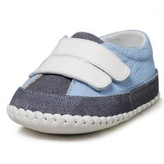 Little Blue Lamb - Baby boys first steps soft leather shoes | Light blue and marine sneakers