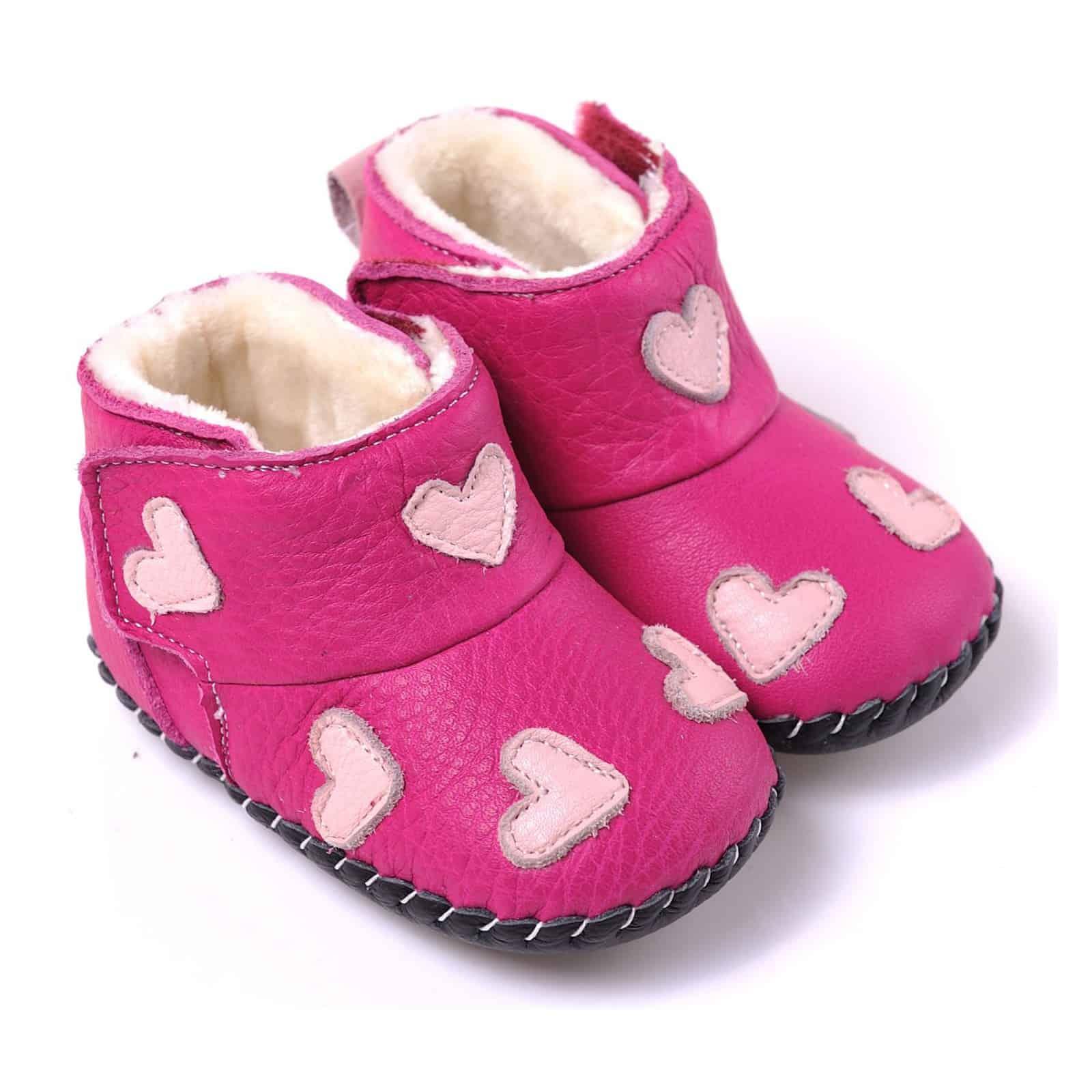 CAROCH - Chaussures premiers pas cuir souple   Bottines rose petits coeurs 93960091d814