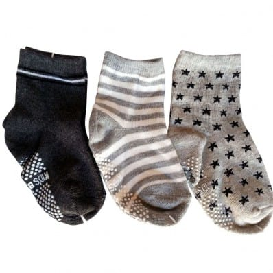 http://cdn3.chausson-de-bebe.com/6896-thickbox_default/3-pairs-of-boys-anti-slip-baby-socks-children-from-1-to-3-years-old-item-21.jpg