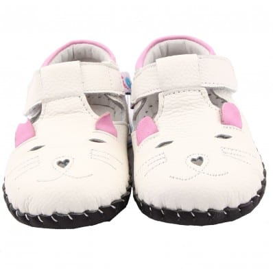 FREYCOO - Baby girls first steps soft leather shoes | White little mouse