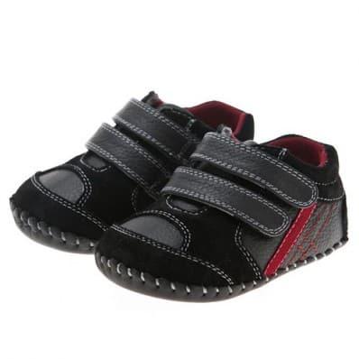 Little Blue Lamb - Chaussures premiers pas cuir souple | Baskets noires bande rouge